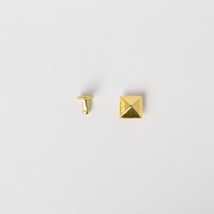 Pyramid Rivets - Gold 10mm x10mm 5pcs